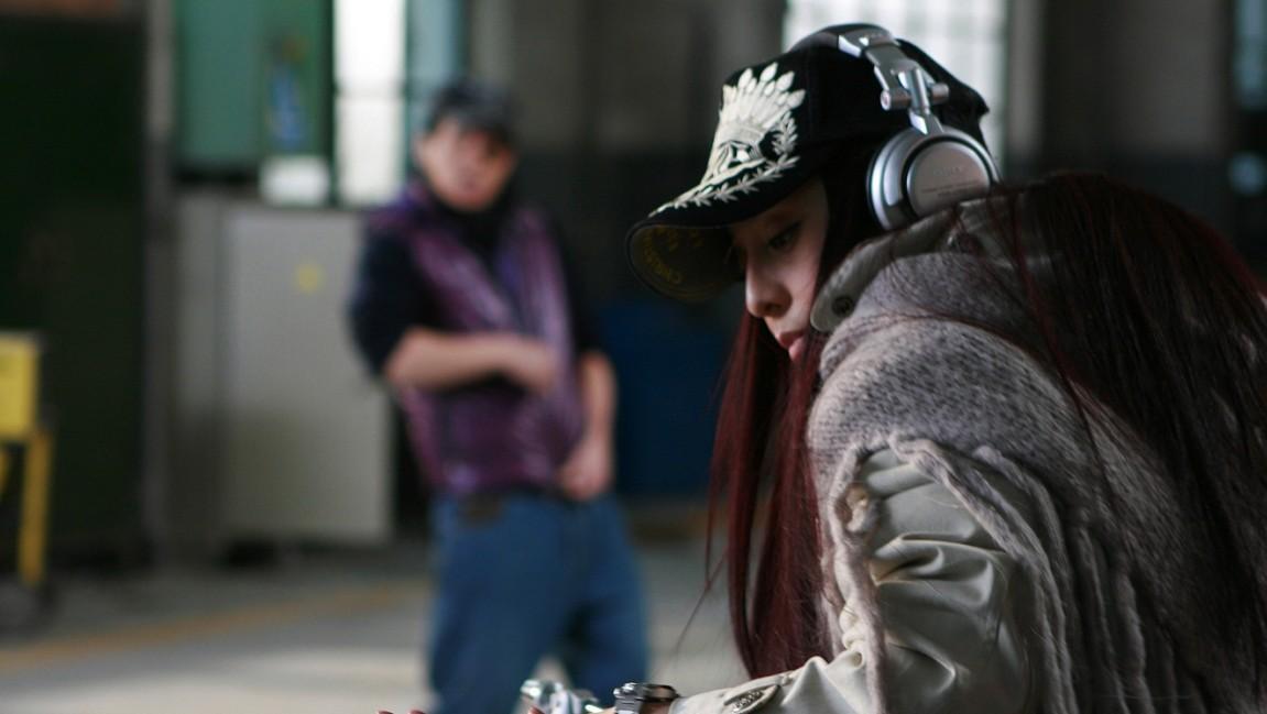 [精舞门][高清BT下载][BD-RMVB+MKV/720P][2008陈小春/范冰冰爱情片]