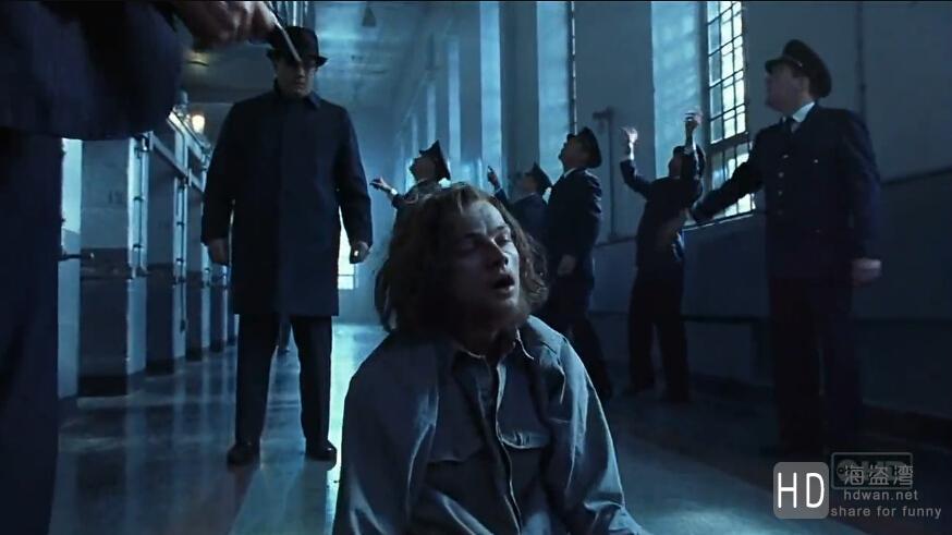 [2002][美国][剧情/犯罪][猫鼠游戏/逍遥法外][720P]